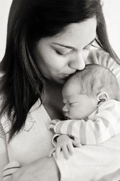 Newborn Lifestyle Session (31)